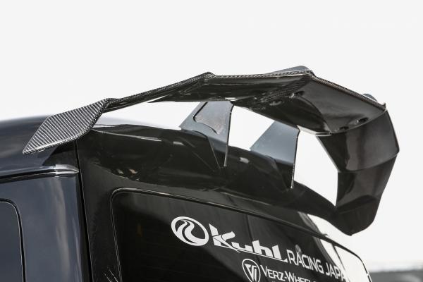 200 ハイエース ワイド | GT-WING【ルーフ / クール】ハイエース 200系 4型 ワイドボディ スワンネックGTウイング カーボン製