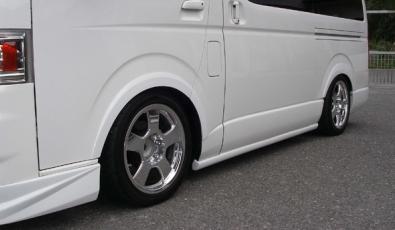 200 ハイエース 標準ボディ | オーバーフェンダー / トリム【ギブソン】ハイエース 200系標準ボディ ブラインドフェンダー Ver.1 (フロント/リア) 未塗装
