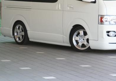 200 ハイエース | サイドステップ【ギブソン】ハイエース 200系標準ボディ サイドステップ 未塗装