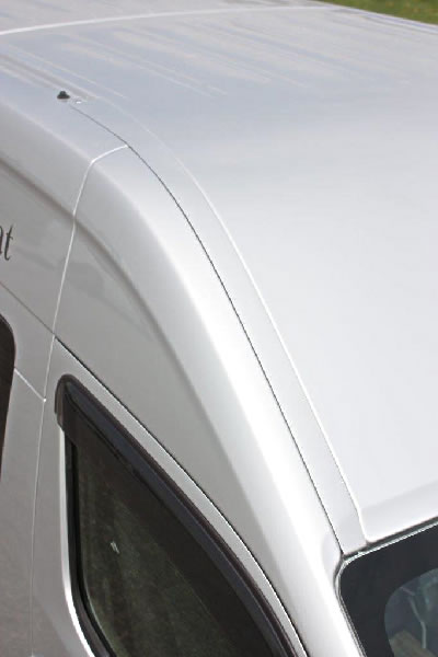 E26 NV350 キャラバン ワイドボディ   ルーフレールカバー【ガレージベリー】NV350キャラバン E26 ワイドボディ ルーフレールスムージングパネル FRP製