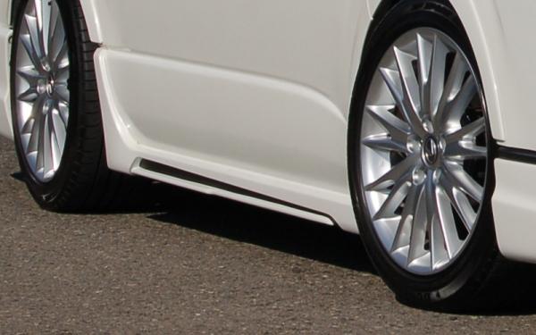 200 ハイエース 標準ボディ | サイドステップ【ブレス】ハイエース 200系 標準ボディロング サイドステップ Ver.2 メーカー塗装済品 (塗分け含む)