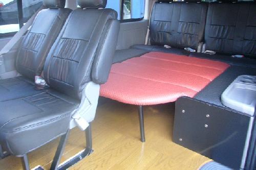 200 ハイエース ワイド | ベットキット【ネル海】ハイエース 200系 ワゴン ワイドボディ GL 10人乗り (H24年6月以前) 車中泊 ベッドキット 6枚式 波道-13&床板パネル(ブラウン)セット マットカラー:ワイン