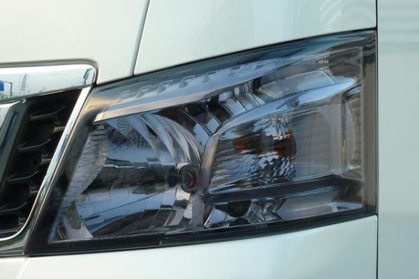 E26 NV350 キャラバン CARAVAN | フロントライトカバー / リトラカバー【ワールド】NV350キャラバン 前期 スモークライトカバー ライトスモーク
