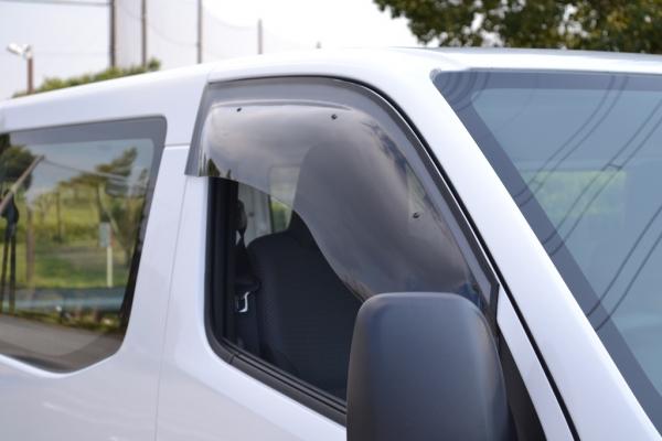 E26 NV350 CARAVAN サイドバイザー ドアバイザー OX 春の新作 VISOR フロントサイド用 永遠の定番 オックスバイザー 手動格納ミラー車 NV350キャラバン スポーティーカット キャラバン