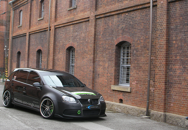 VW GOLF V   オーバーフェンダー / トリム【ブーメラン】GOLF V フロントオーバーフェンダー 4pc KIT