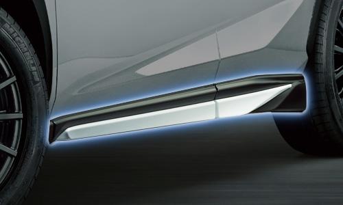 レクサス NX | サイドステップ【ティーアールディー レクサス】レクサス NX 10系 前期 サイドスカート 塗装済 ソニックチタニウム (1J7)
