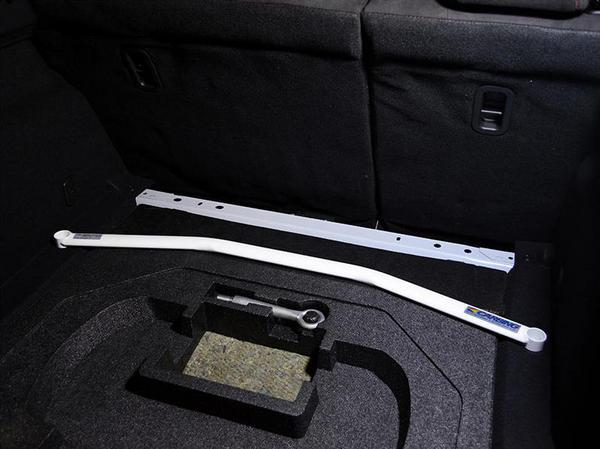 BM アクセラ | 補強パーツ / リアトランク内【オクヤマ】アクセラスポーツ BM2FS トランクブレース スチール製