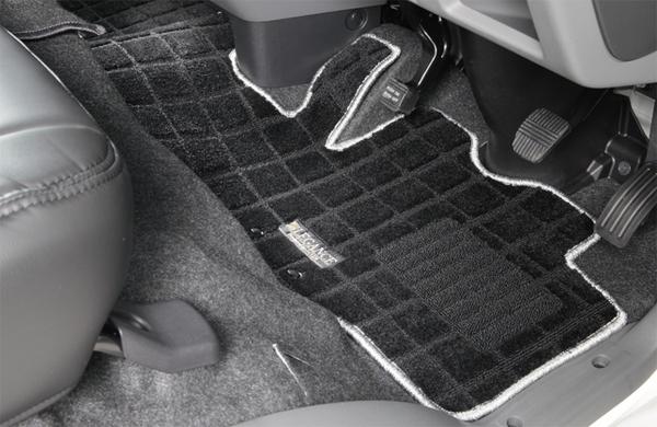 E26 NV350 キャラバン CARAVAN | フロアマット【レガンス】NV350キャラバン E26 標準ボディ バンプレミアムGX 5人乗り ワッフルフロアーマット マットカラー:ブラック/フチ:オレンジ