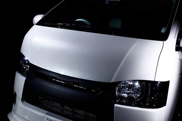 200 ハイエース 標準ボディ | ボンネット ( フード )【フェガーリ】ハイエース 200系 1-5型 標準ボディ FEGGARI デビルボンネットパネル FRP製 塗装済 ブラックマイカ(209)