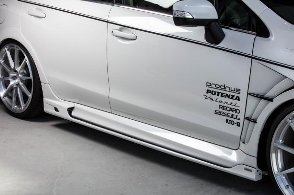 レヴォーグ   サイドステップ【ロエン / トミーカイラ】レヴォーグ VM4/VMG 後期 サイドステップ FRP(単色塗装) ダークグレー・メタリック(61K)