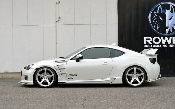 BRZ | サイドステップ【ロエン / トミーカイラ】BRZ ZC6 RR STREET ZERO PREMIUM Edition サイドステップ FRP製