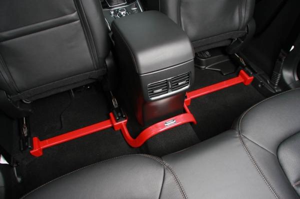 マツダ3 MAZDA3   補強パーツ / 室内【オートエクゼ】MAZDA3 BP系 4WD センターフロアバー 1ピース構造4点式