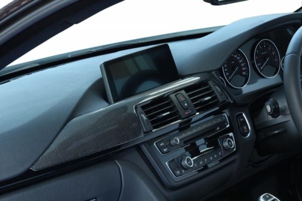 BMW 4 Series F32/F33   インテリアパネル【アールエスダブリュ】BMW F32/F33/F36 ダッシュパネル 助手席側 平織ブラックカーボン製 デュポンクリア塗装済