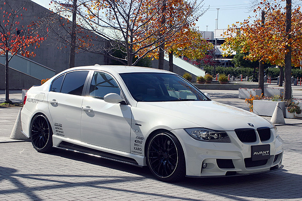 BMW 3 Series E90   フロントバンパー【ランド エアロテック】BMW 3 Series セダン E90 前期 FRONT BUMPER (with FOG LAMP) OPTION LED DAYLIGHT KIT無し