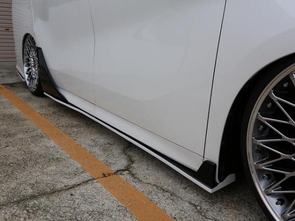 30 ヴェルファイア | サイドステップ & / ドアパネル 4dr【シックスセンス】ヴェルファイア 30系 Zグレード サイドステップ&リアドアパネルSET 未塗装