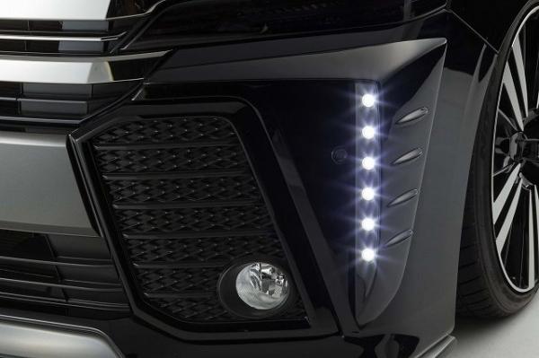 30 ヴェルファイア | フロント デイライト【シックスセンス】ヴェルファイア 30系 Z 純正バンパー LEDデイランプキット FRP 2色塗分塗装 グレイッシュブルーマイカメタリック 8V5 / マットブラック