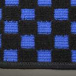アルト HA36S/36V型   フロアマット【テイクオフ】アルトワークス/アルトRS(HA36S) フロアマット  チェッカーブルー/オーバーロックカラー・ブラック 運転席ヒールパッド有 ボタンタイプ(センター/ドア側)
