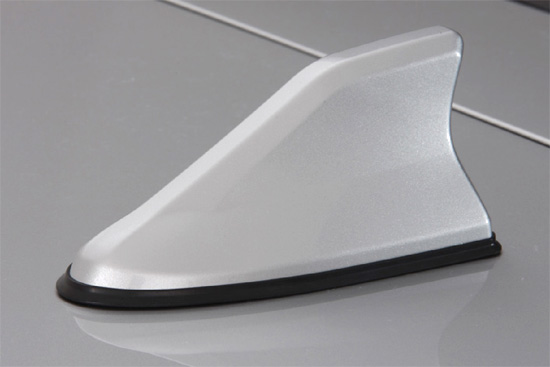 120 カローラフィルダー | アンテナ【トムス】カローラフィールダー E12 シャークフィンアンテナ シルバーメタリック(1F7)