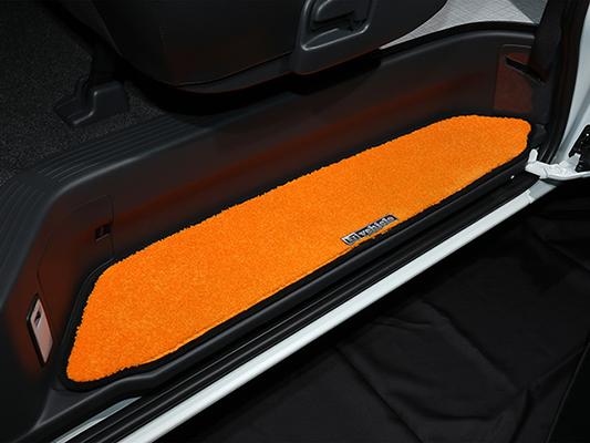 エントランスマット【ユーアイ】ハイエース 200系 パワースライド有車 スライドドアステップマット 両側セット ブラック×ブラック