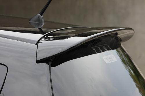 リアウイング / リアスポイラー【エクスクルージブ ゼウス】フィット 【 SMART LINE 】 リアウイング NH624P塗装済   Fit (GE6.7.8.9/GP1) 後期 2010/10 - 2013/8