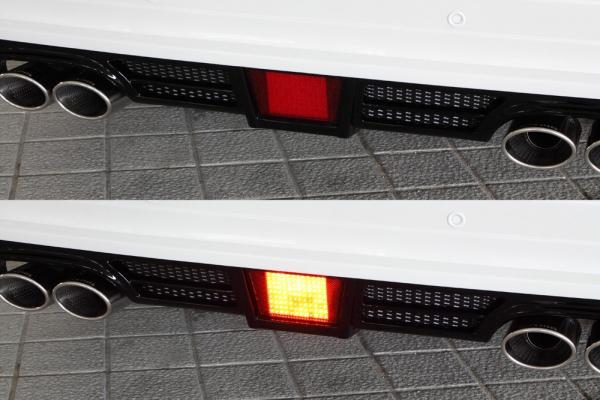 バックフォグ【エクスクルージブ ゼウス】ランドクルーザー 【 LUV LINE 】 LEDバックフォグランプ(A) KIT リレーハーネス付属 | ランドクルーザー 200(URJ202W) 2009/4 - 2011/12