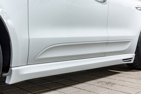 サイドステップ【エクスクルージブ ゼウス】ポルシェ マカン 【 LUV LINE 】 サイドステップ 未塗装品 | PORSCHE Macan Macan Turbo (DBA-95BCTL) 2014/4 -