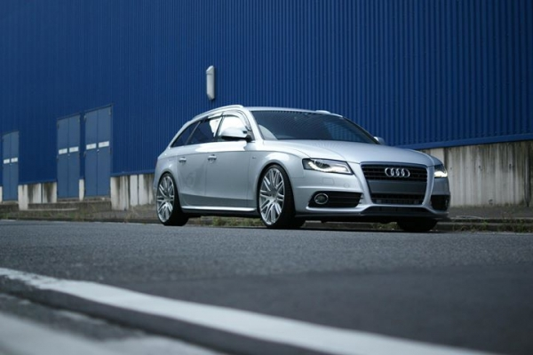 Audi A4 B8 | サイドステップ【バランスイット】AUDI S4/A4(B8&B8.5) All model Side skirts Carbon