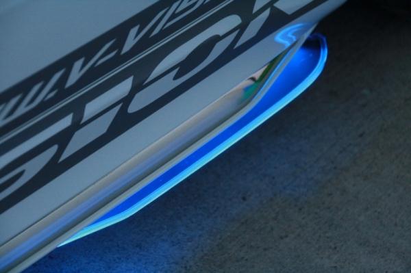 サイドフィン【ブイビジョン】オデッセイ RC1/2 汎用LEDアクリルフィン ブルー
