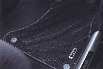 AUDI / アウディ 純正 アクセサリーフロアマット コンフォート(ブラック)Q5(8R) 用送料60サイズ