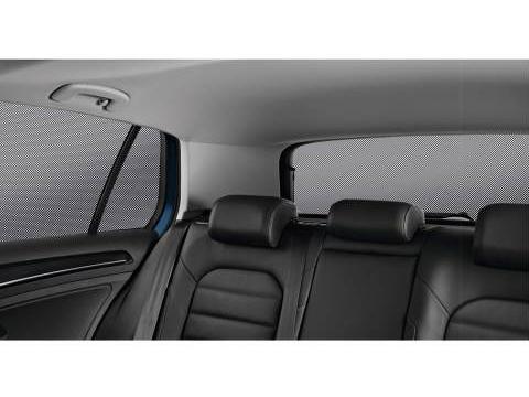 Volkswagen / フォルクスワーゲン / VW純正アクセサリーサンブラインドGOLF7/ゴルフ7送料60サイズ