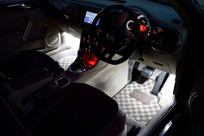 m+/エムプラスHybrid LED Foot Lampハイブリット LEDフットランプVW The Beetle/Passat(3CB7)/Golf Touran ALL送料80サイズ