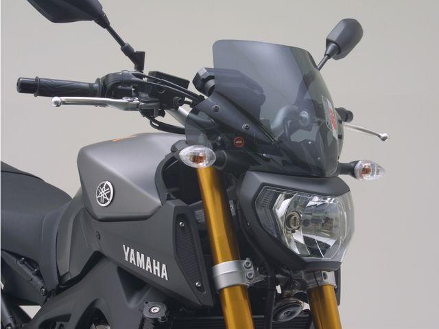 GIVI製 スクリーン YAMAHA MT-09/A('14)用スモークスクリーン(A2115)