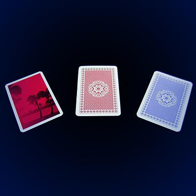 これは3枚のカードを使った大変素晴らしいカードトリック 市場 マジック関連 セール 登場から人気沸騰 ユーリカ II RTL-1035