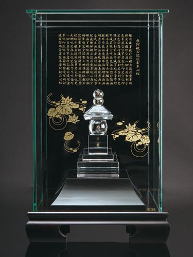 【メーカー直送・大感謝価格】水晶五輪塔【納期は ご注文から1-2か月ほど時間がかかります】