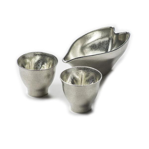 hiracle さくら錫酒器セット (ぐい呑み2個&片口)【割引不可・返品キャンセル不可】
