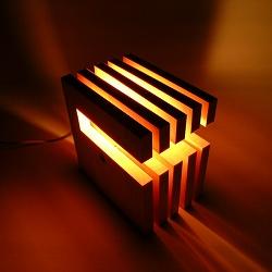 大感謝価格『フレイムス エルイッチ L-wich DS-018』『メーカー直送品。代引不可・同梱不可・返品キャンセル・割引不可』Flames ライト ランプ 照明 家電 インテリア 雑貨 グッズ フレイムス エルイッチ L-wich DS-018送料無料