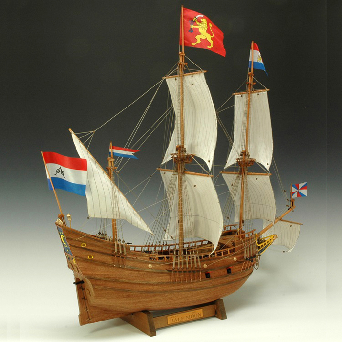 大感謝価格『木製帆船模型 1/40 ハーフムーン』『メーカー直送品。代引不可・同梱不可・返品キャンセル・割引不可』組み立てる インテリア ホビー ツール アイテム グッズ 木製帆船模型 1/40 ハーフムーン送料無料