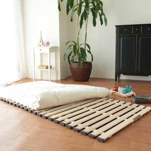 大感謝価格『立ち上げ簡単軽量桐すのこベッド三つ折れ式 セミダブル KKT-310』『メーカー直送品。代引不可・同梱不可・返品キャンセル・割引不可』寝具 家具 インテリア アイテム送料無料