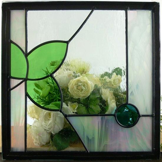 ステンド グラス ステンドグラス ステンドガラス デザインパネル300角sgsq307(取寄品、割引不可、キャンセル返品不可、突然終了あり)