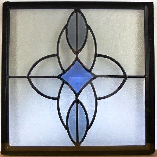 ステンド グラス ステンドグラス ステンドガラス デザインパネル300角sgsq312(取寄品、割引不可、キャンセル返品不可、突然終了あり)