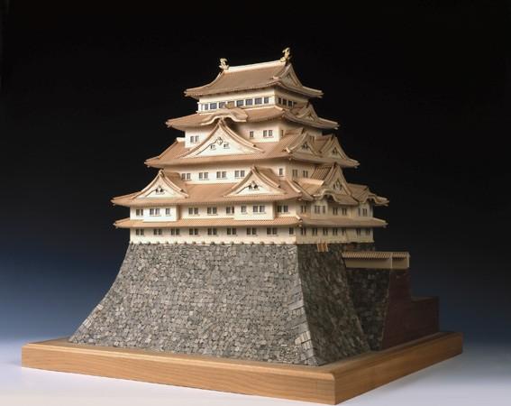 大感謝価格『木製日本建築模型 1/150『名古屋城』 (w)』送料無料『メーカー直送品。代引・・同梱・返品・キャンセル・割引不可』 木製日本建築模型