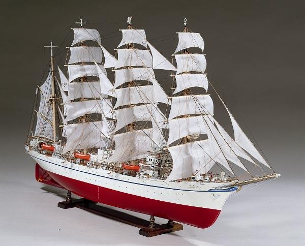 大感謝価格『木製帆船模型1/80『日本丸』(w)』送料無料『メーカー直送品。代引不可・同梱不可・返品キャンセル・割引不可』 大型エッチング他、精密金属パーツ多数使用