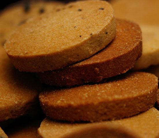 砂糖ゼロ小麦粉ゼロ卵ゼロのお菓子 ダイエットスイーツとして 美品 おやつ 2個で送料無料 5個購入で1個多くおまけ 直送商品 トリプルZERO 250g×4袋 1kg 豆乳おからクッキー