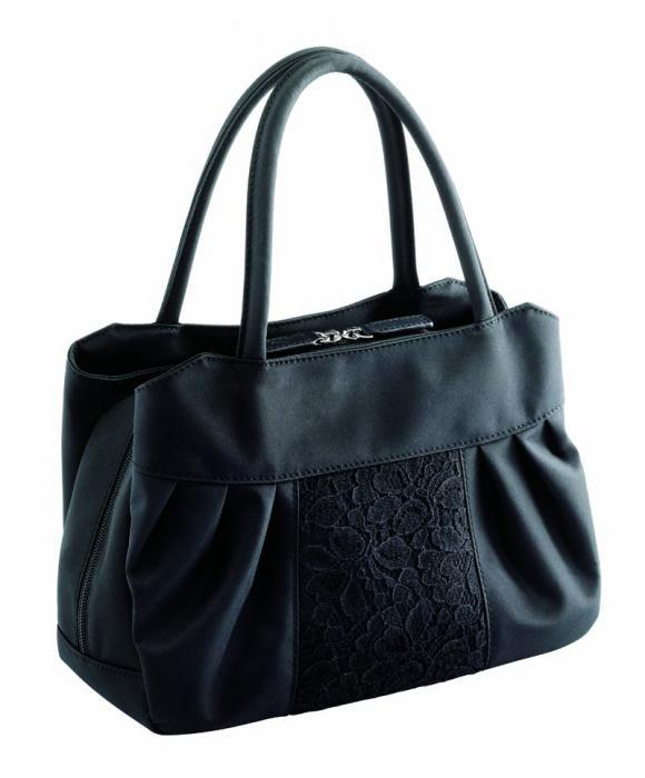 バッグ 冠婚葬祭 カバン 希少 大容量 ブラック 売却 ちょっと大きめ 大感謝価格 フォーマルバッグ 黒