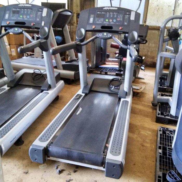 ライフフィットネス トレッドミル ランニングマシン 97TDMHCX 【60Hz西日本専用】ルームランナー トレーニング 【中古】