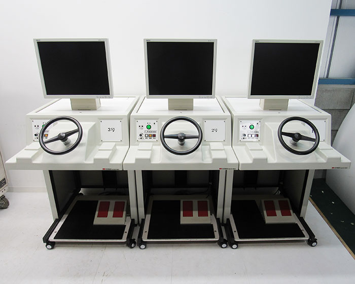 竹井機器工業 運転適性検査器 CG400 2010年 検査部3台 現状渡し 【中古】