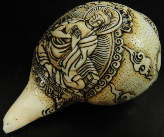 ◆チベット密教法具 法螺貝(シャンカ)・ナーガールジュナ(龍樹)