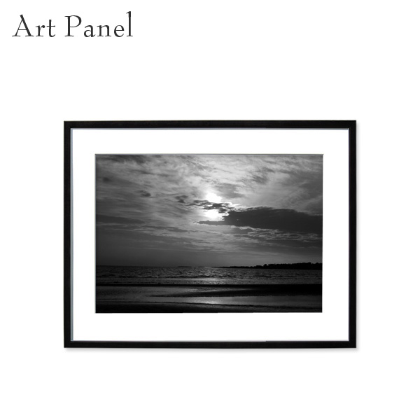 壁掛け アート 海 夕日 モノトーン 白黒 アートパネル 風景 モダン インテリア 額付き 写真 壁飾り