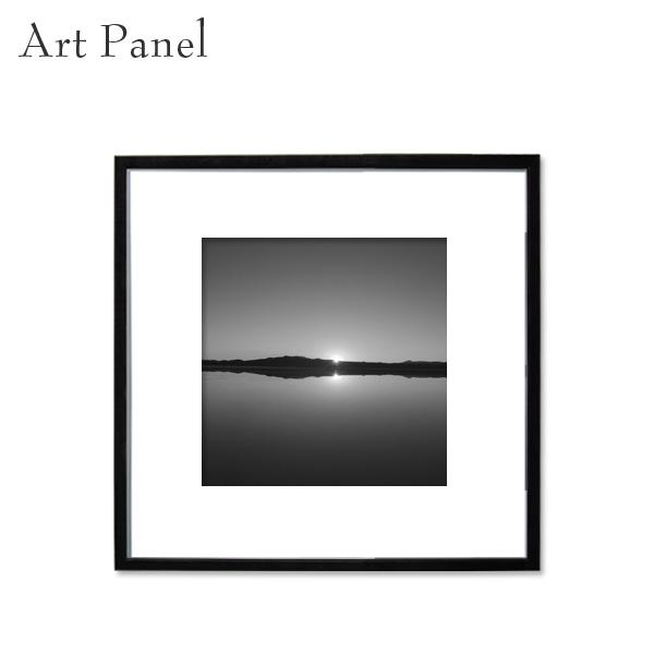 アートパネル 正方形 ウユニ塩湖 展示 店舗内装 ディスプレイ 壁面 空間 モノクロ 風景 絵画 ポスター 写真 額縁 白黒