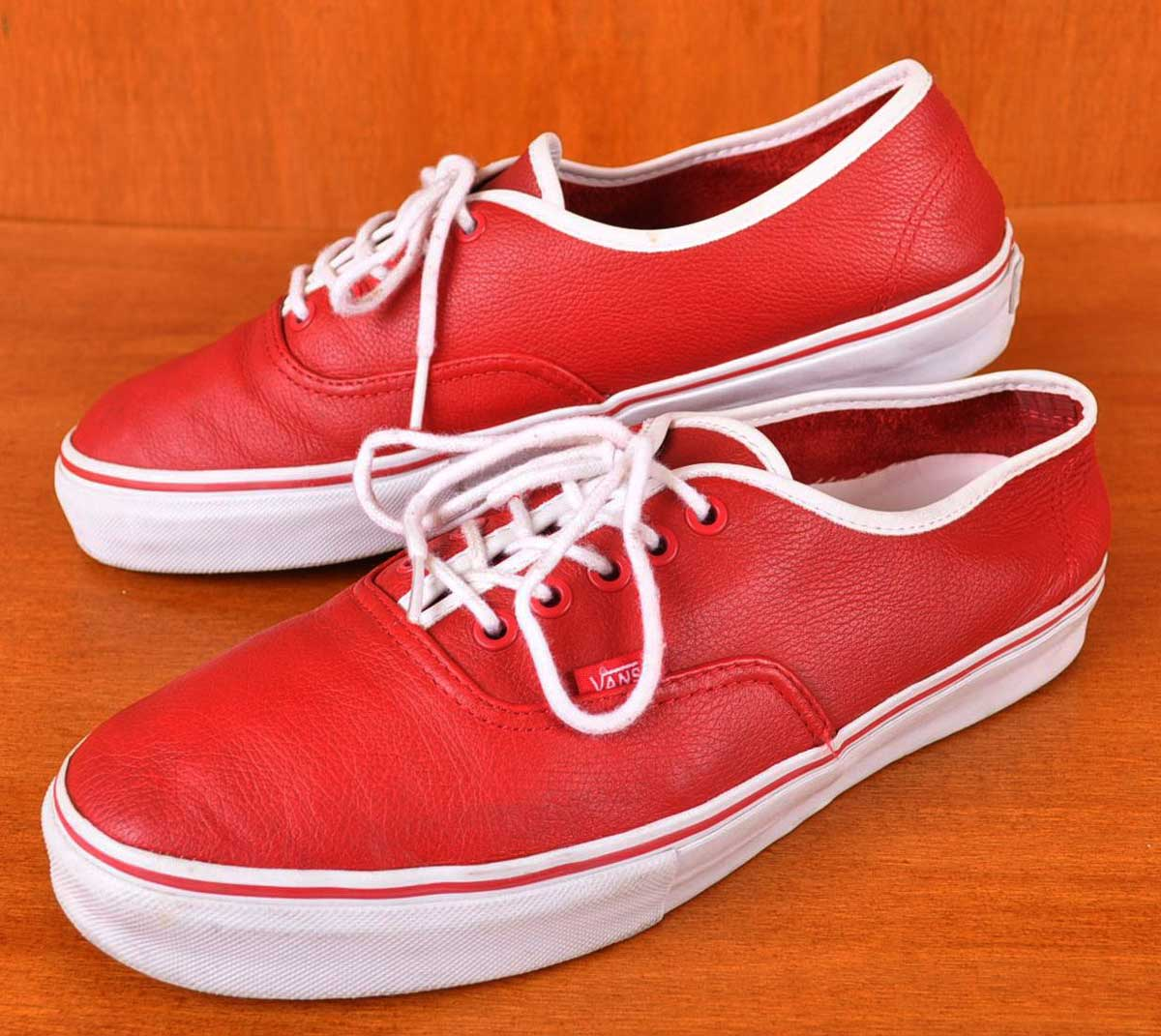 c74a86c9d3 VANS vans and VAULT bolted and Authentic authentic and ancon leather deck  shoes and red leather   JPN28.0cm